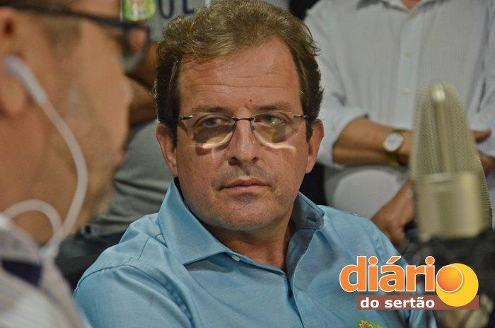 Fábio Tyrone participou da entrevista na TVDS (foto: Charley Garrido)