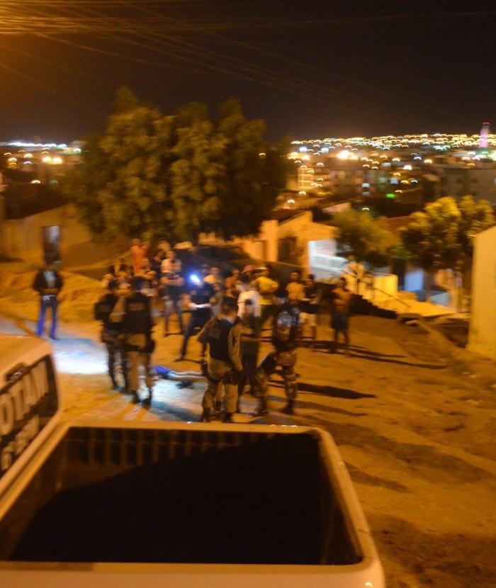 Homicídio aconteceu no no bairro do Cristo Rei, Zona Leste da cidade (foto: Ângelo Lima)