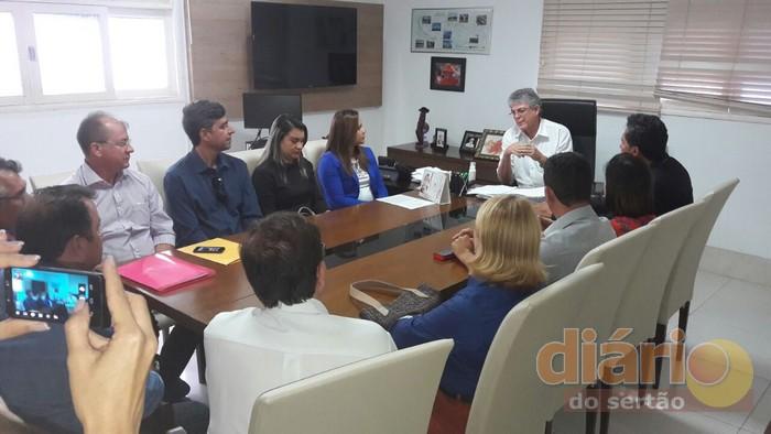 Prefeito participou de reunião com o governador Ricardo Coutinho