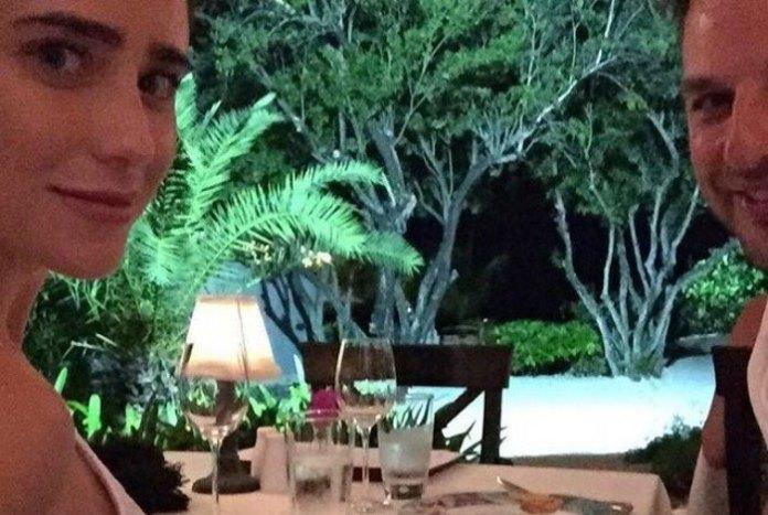 Fernanda Vasconcellos e o namorado, o também ator Cássio Reis Reprodução / Instagram