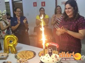 Tomázia foi homenageada com uma festa surpresa (foto: DS)