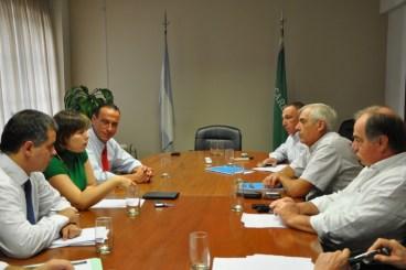 Los ministros Gustavo Arrieta (Rurales) y Silvina Batakis (Economía), debatieron hoy con representantes de Carbap el aumentos al IIR (DIB)