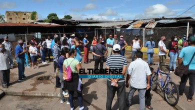 Photo of Vendedores del Mercado Municipal de El Tigre exigen trabajar todos los días