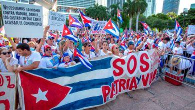 Photo of Libertad para Cuba, Nicaragua y Venezuela pidieron miles de personas en Miami