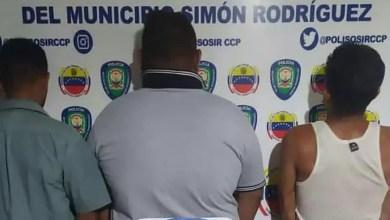 Photo of Polisosir aprehendió a tres sujetos por riña y alteración del orden público