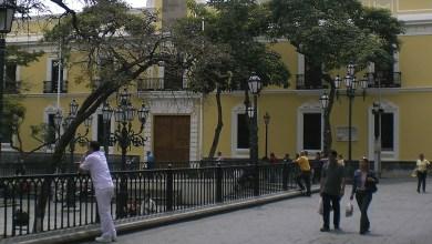 Photo of Canciller Plasencia saluda iniciativa para reestablecer relaciones entre Colombia y Venezuela