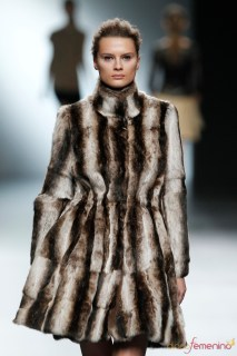 Abrigos de piel en la nueva colección de Amaya Arzuaga