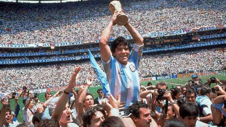 Fotografía: El que Maradona se lleva a la tumba (pero cuentan en el Real Madrid)