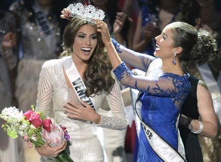 Para María Gabriela, ser Miss Universo no solo significa ser representante de la belleza universal sino también llevar amor a todos los rincones