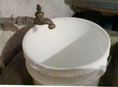 Tienen más de 5 días sin agua