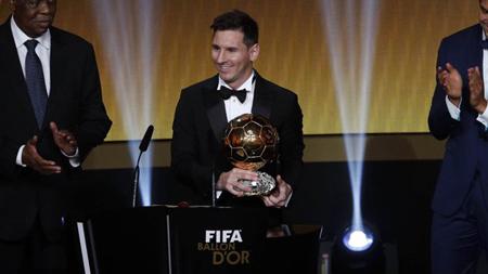 Completó su quinto galardón como el Mejor Futbolista
