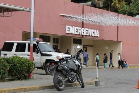 A plena luz del día resultó herido en una balacera registrada en el sector Las Terrazas de El Nacional,