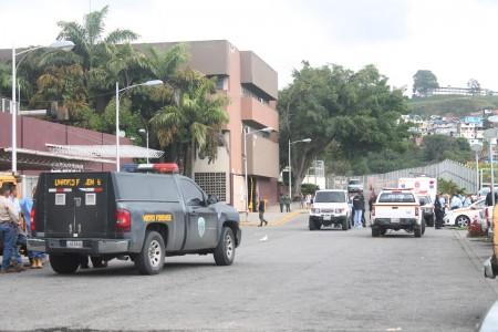 Permanece hospitalizado en el Pérez Carreño con un delicado estado de salud