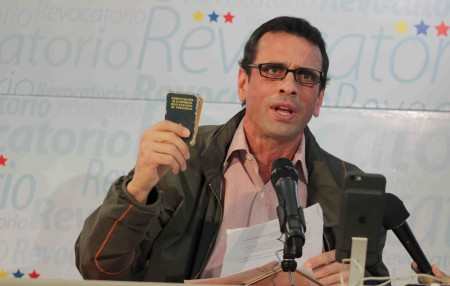 """Capriles: """"Estamos a punto de un estallido social. Nosotros estamos haciendo todo lo que está a nuestro alcance para evitarlo"""""""