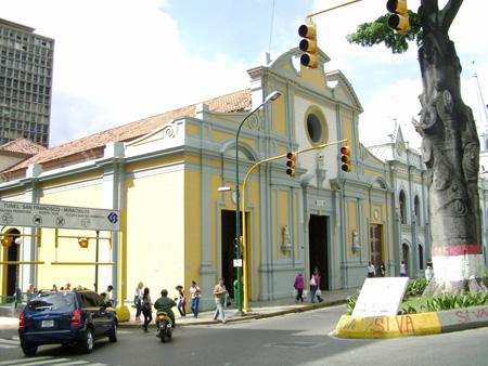 La iglesia de San Francisco, en Caracas, muy visitada por devotos de San Onofre