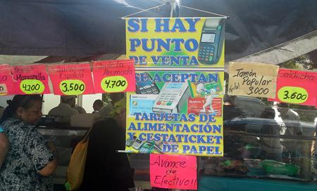 En el mercado de la Av Francisco de Miranda realizan este tipo de transacción