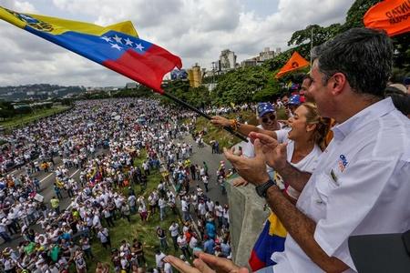 """Dirigentes de la Unidad reiteraron que """"no hay diálogo"""" hasta que se convoque al 20%"""