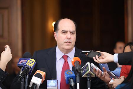 El diálogo pone a Maduro en una situación controversial — Julio Borges