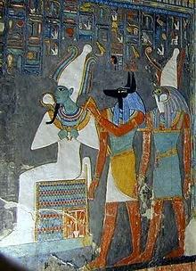 Los dioses Osiris, Anubis y Horus representados en la tumba de Horemheb.