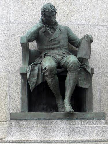 Estatua de Joaquim Gonçalves Ledo (1781-1847) en el monumento a la independencia, Sao Paulo, Brasil.