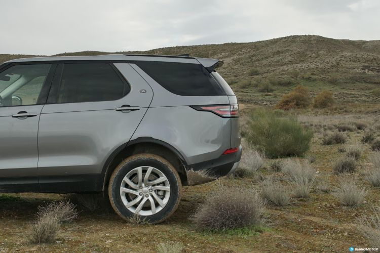 Land Rover Discovery 00010