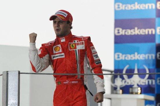 Felipe Massa na vitória em Interlagos de 2008 (Foto Ferrari Media)