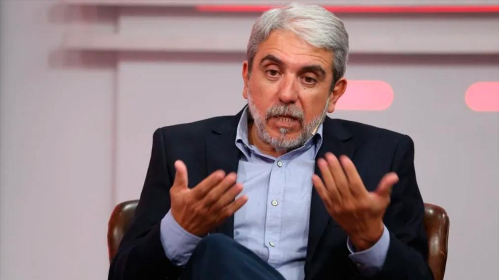 """Polémica: piden la renuncia de Aníbal Fernández tras su tuit contra Nik: """"No está a la altura del cargo"""" - Diario Panorama Movil"""
