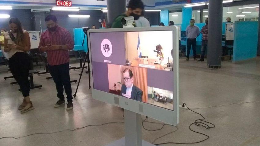 El gobernador participó de manera virtual.