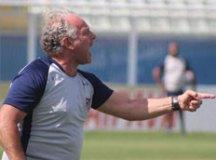 Sem vencer em sete jogos, Toninho Cecílio é demitido pelo Água Santa