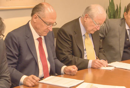 Habemus candidato, diz Alckmin ao assumir pré-candidatura à presidência