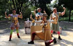 Diadema recebe espetáculo de rua com o grupo Circo di SóLaides