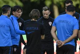 Croácia se prepara para final sem cinco titulares