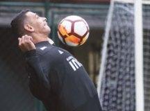 Diego Souza tornou-se artilheiro do São Paulo na temporada, com dez gols. Foto: Maurício Rummens/Fotoarena/Folhapress