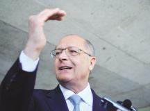 Alckmin investe no voto das mulheres e adere ao vocabulário das feministas