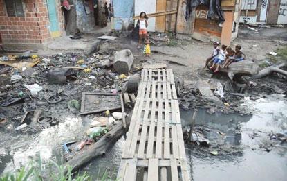 Menos da metade dos municípios têm plano de saneamento, diz IBGE