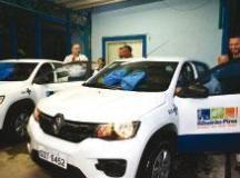 Prefeitura de R.Pires entrega novos veículos para a Saúde