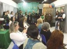 Crianças, jovens e adultos com Epidermólise Bolhosa estiveram nesta sexta-feira (5) visitando o Borboletário. Marcos Luiz/PMD