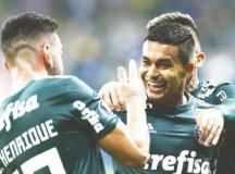 Palmeiras bate Colo-Colo e vai à semi da Libertadores