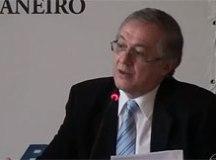 Vélez defende a descentralização da política e da educação. Foto: Reprodução/Globo