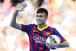 Receita Federal cobra R$ 69 milhões de Neymar; defesa do jogador contesta