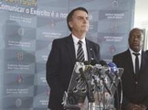 Bolsonaro deu entrevista ao deixar o QG do Exército. Foto: José Cruz/Agência Brasil