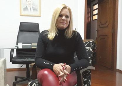 Carla Morando tem contas aprovadas pelo TRE-SP