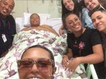 'Deus me tirou da cova', diz Deise do Fat Family após alta hospitalar