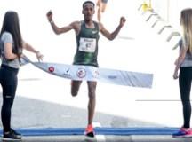 Etíope desbanca bicampeão, e jovem queniana vence na São Silvestre