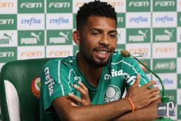 Matheus Fernandes diz que torcida do Palmeiras o impressionou no Allianz Parque