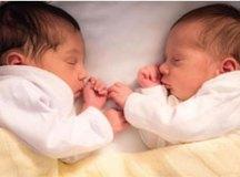 Erick Jacquin e Rosângela divulgam o rosto dos gêmeos pela primeira vez nas redes sociais