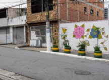 Diadema utiliza pneus para transformar visual dos bairros