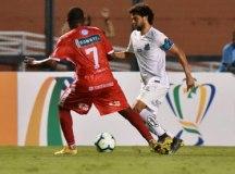 O Santos, de Victor Ferraz, sobrou no Pacaembu. Foto: Ivan Storti/Santos FC