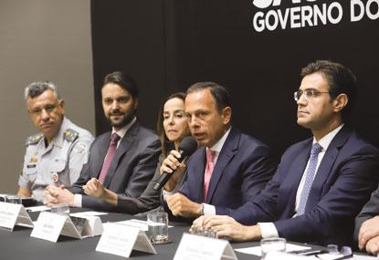 Doria anuncia aporte de R$ 261 mi para viaturas e bônus policial