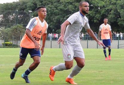 De virada, São Caetano vence jogo-treino contra o São Paulo por 3 a 2